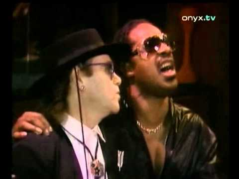 Dionne Warwick, Stevie Wonder, Elton John, Gladys Knight - That's what friends are for