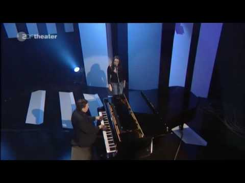 Norah Jones - In the dark (with Jools Holland) live@Later