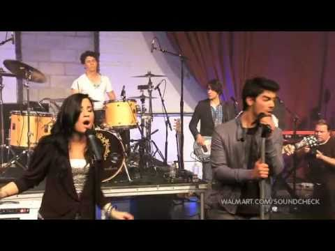 demi lovato & joe jonas wouldn't change a thing 2010 walmart soundcheck