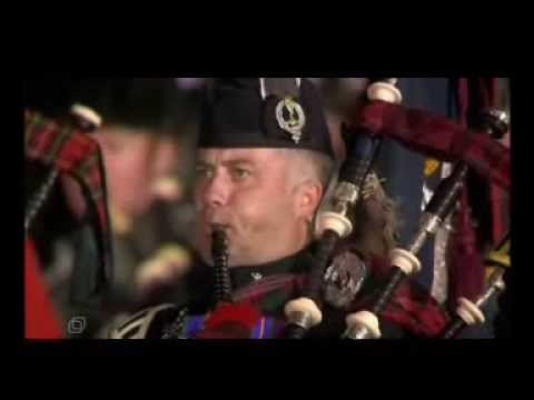"Moscow festival ""Kremlin Zorya 2007"". Bagpipes, Fireworks at the Red Square. ""Amazing Grace"""