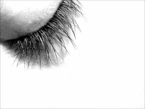 Ludovico Einaudi - Eyes Closed